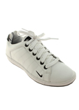 Nike Chaussure Blanc Basket Fe